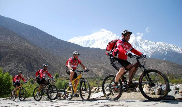 mountain-biking-trails-Nepal