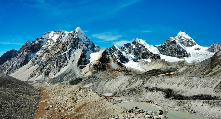 Makalu Trekking Site